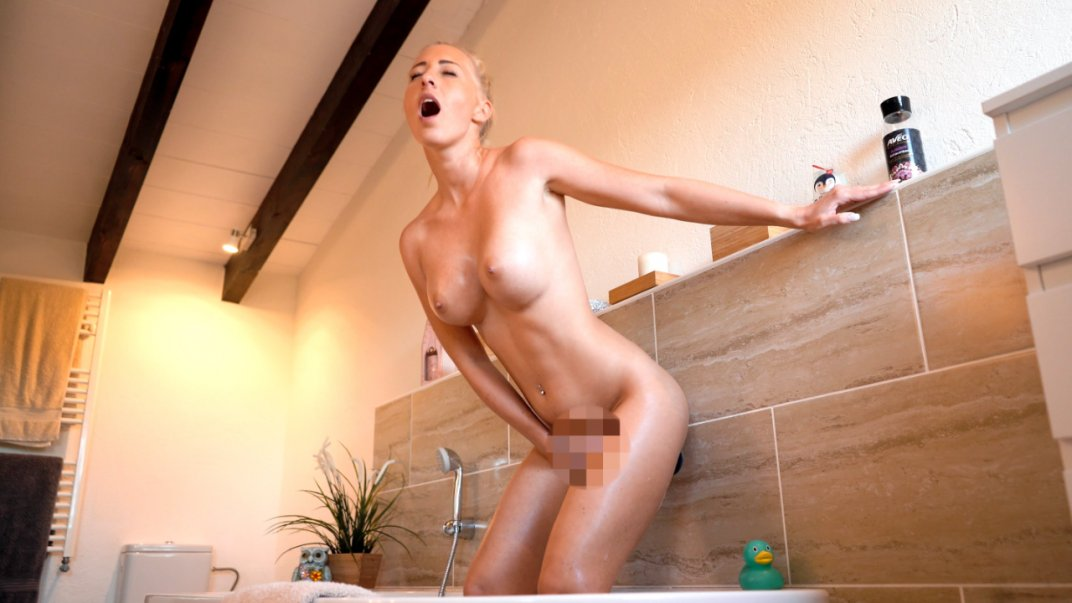 My hot orgasm fantasies with your cock!